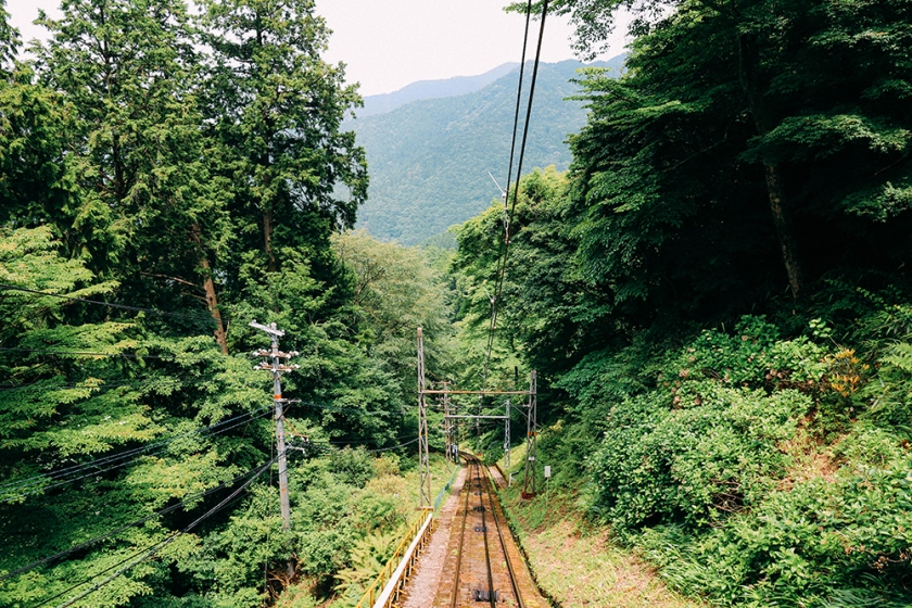4 exit tracks