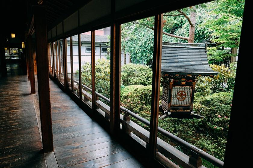 sml garden hall