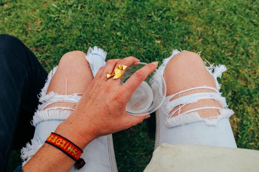 copenhagen roskilde music festival ripped jeans