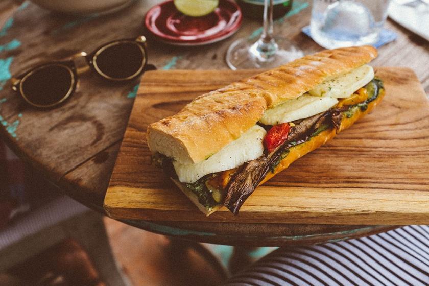 bottega-italiana-canggu-batu-bolong-panini