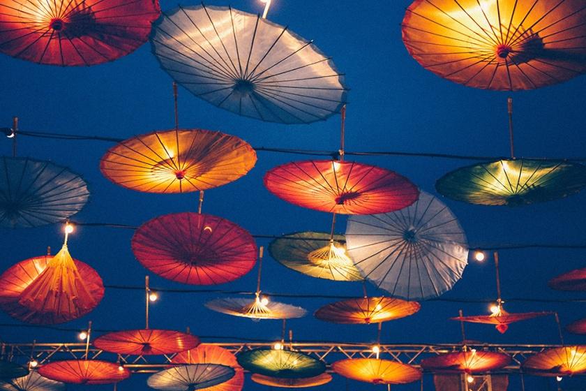 lunar-markets-sydney-chinese-umbrella