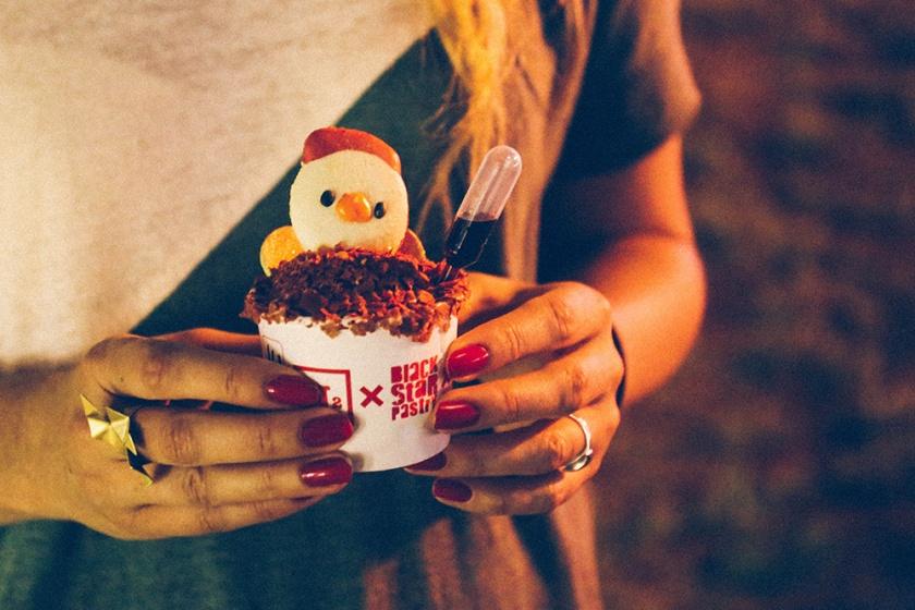 lunar-markets-sydney-n1-black-star-pastry-rooster-macaron