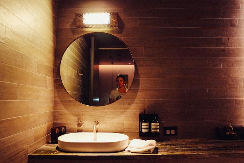 Hotel Hotel New Acton Canberra Bathroom