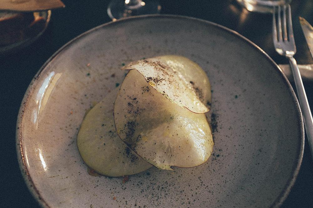 Stockholm Gro Restaurant Vegetarian summer cabbage beans