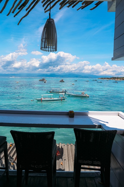 Nusa Lembongan the deck window view 3