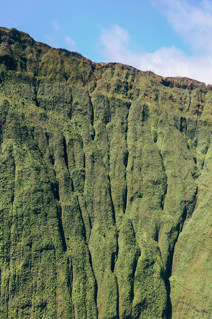 Helicopter Kauai Sunshine Hawaii mountain best views details