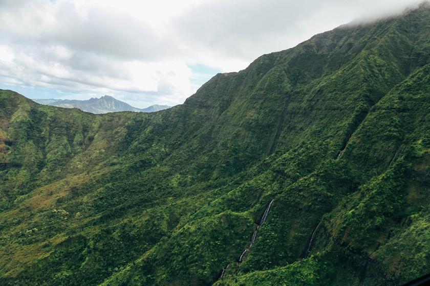 Helicopter Kauai Sunshine Hawaii Na pali Coast highest point
