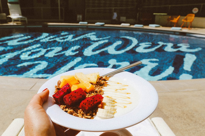 Surfjack Waikiki Honolulu Best Hotels pool breakfast