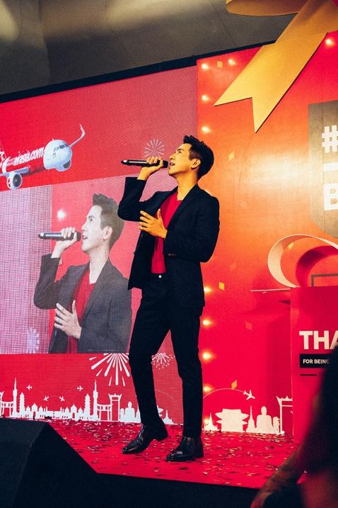 Bangkok thailand airasia half a billion celebration thai pop star pope