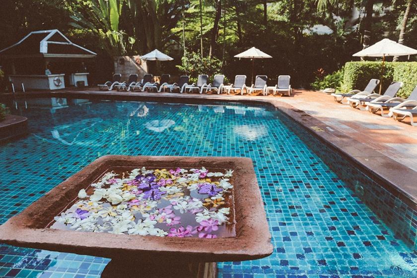 Bangkok thailand centara grand pool