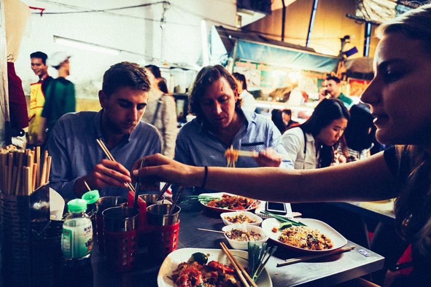 Bangkok thailand street food pad thai Maxx Ryan Jemima 2