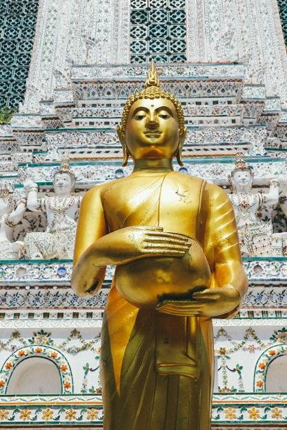 Bangkok wat arun thailand temple buddha statue