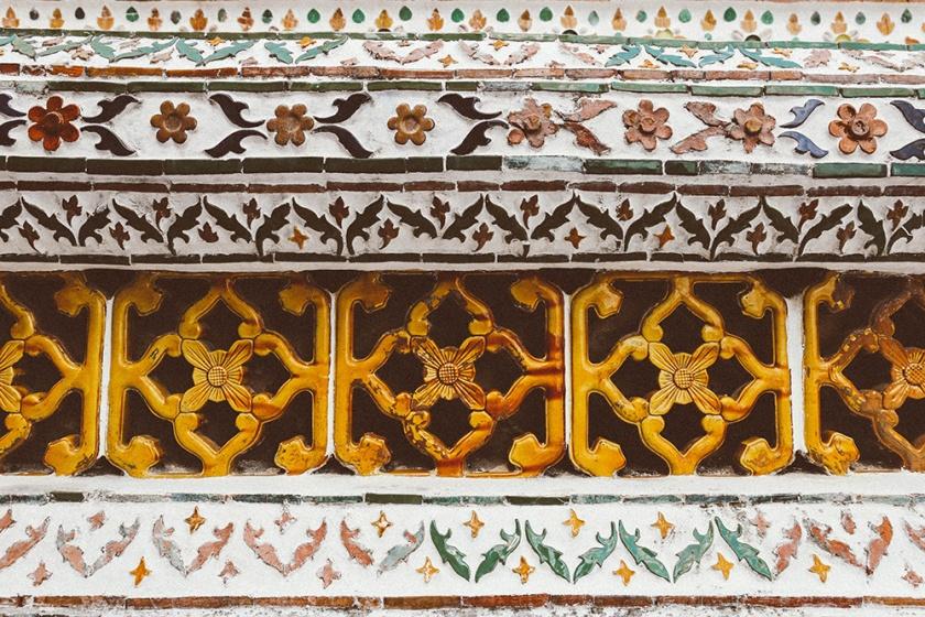 Bangkok wat arun thailand temple details tiles_