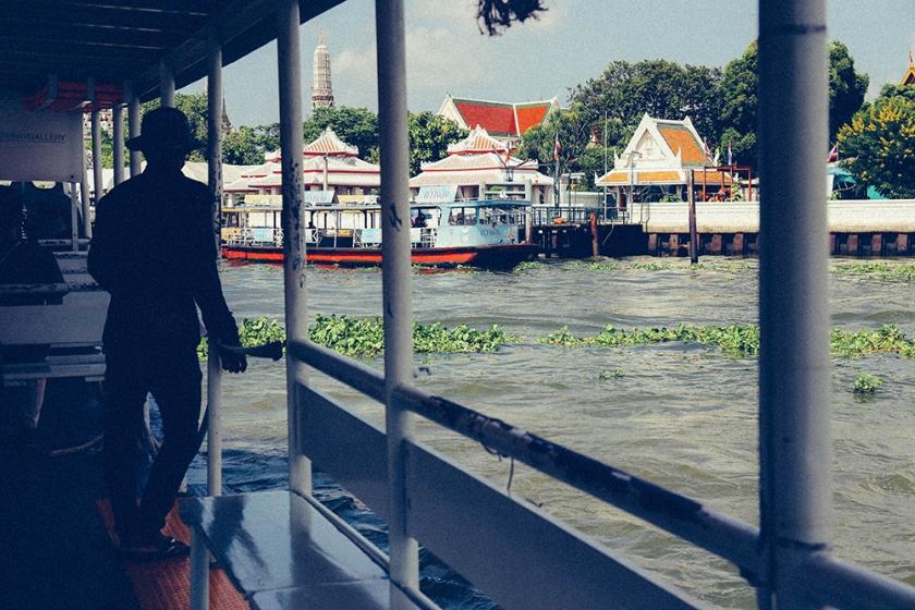 Bangkok wat arun thailand temple ferry silhouette