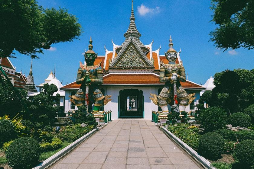 Bangkok wat arun thailand temple_